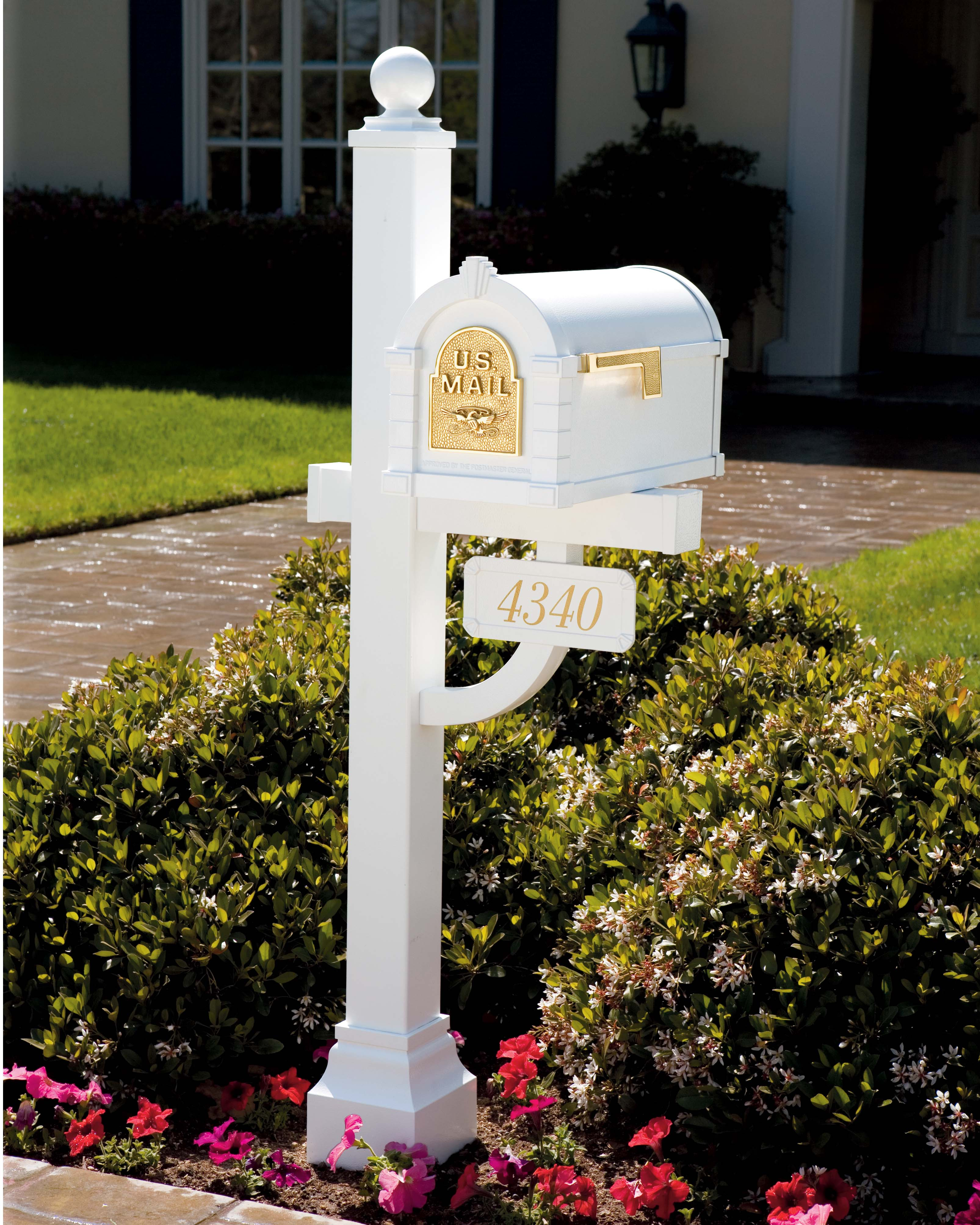 Gaines Keystone Mailboxes and Posts
