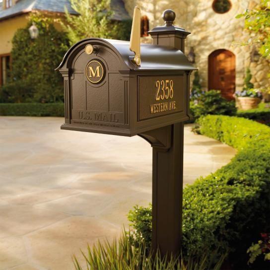 balmoral-mailbox-post